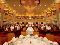Carnival Breeze - Blush Speisesaal