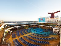 Carnival Breeze - Pool Deck