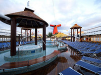 Carnival Sensation - Poolanlage