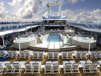 Coral Princess - Lido Pool