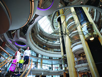 Grandeur of the Seas - Atrium