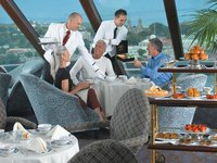 Marina - High Tea ©Oceania Cruises