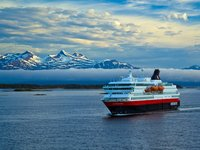 MS Nordnorge - abends