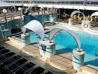 MSC Poesia - Pooldeck