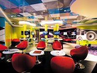 Norwegian Epic - Recess Lounge
