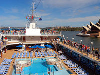Pacific Princess - Pool Deck