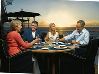 Regatta - Terrace Cafe ©Oceania Cruises