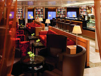 Seabourn Odyssey - Seabourn Square