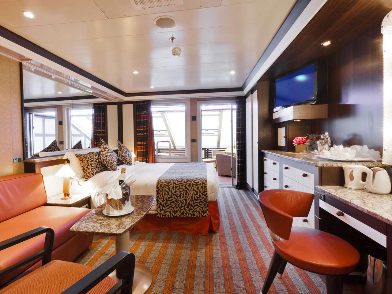 Suiten der costa fascinosa kabinenaustattung guide for Costa pacifica recensioni