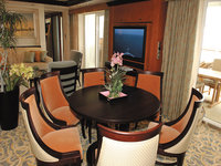 Freedom of the Seas - Presidential Bedroom