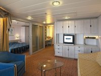 Vision of the Seas - Royal Family Suite